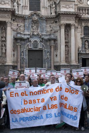 Ejemplo de comunicación, Stop desahucios Hoac Murcia